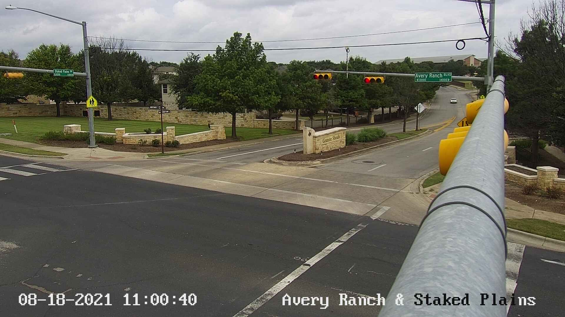 AVERY RANCH BLVD / STAKED PLAINS DR