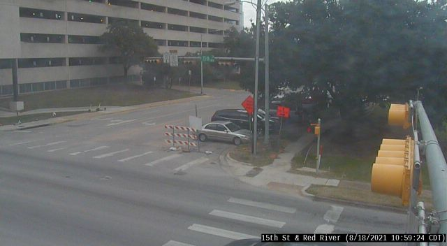 15TH ST / RED RIVER ST
