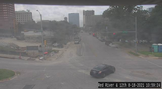 12TH ST / RED RIVER ST
