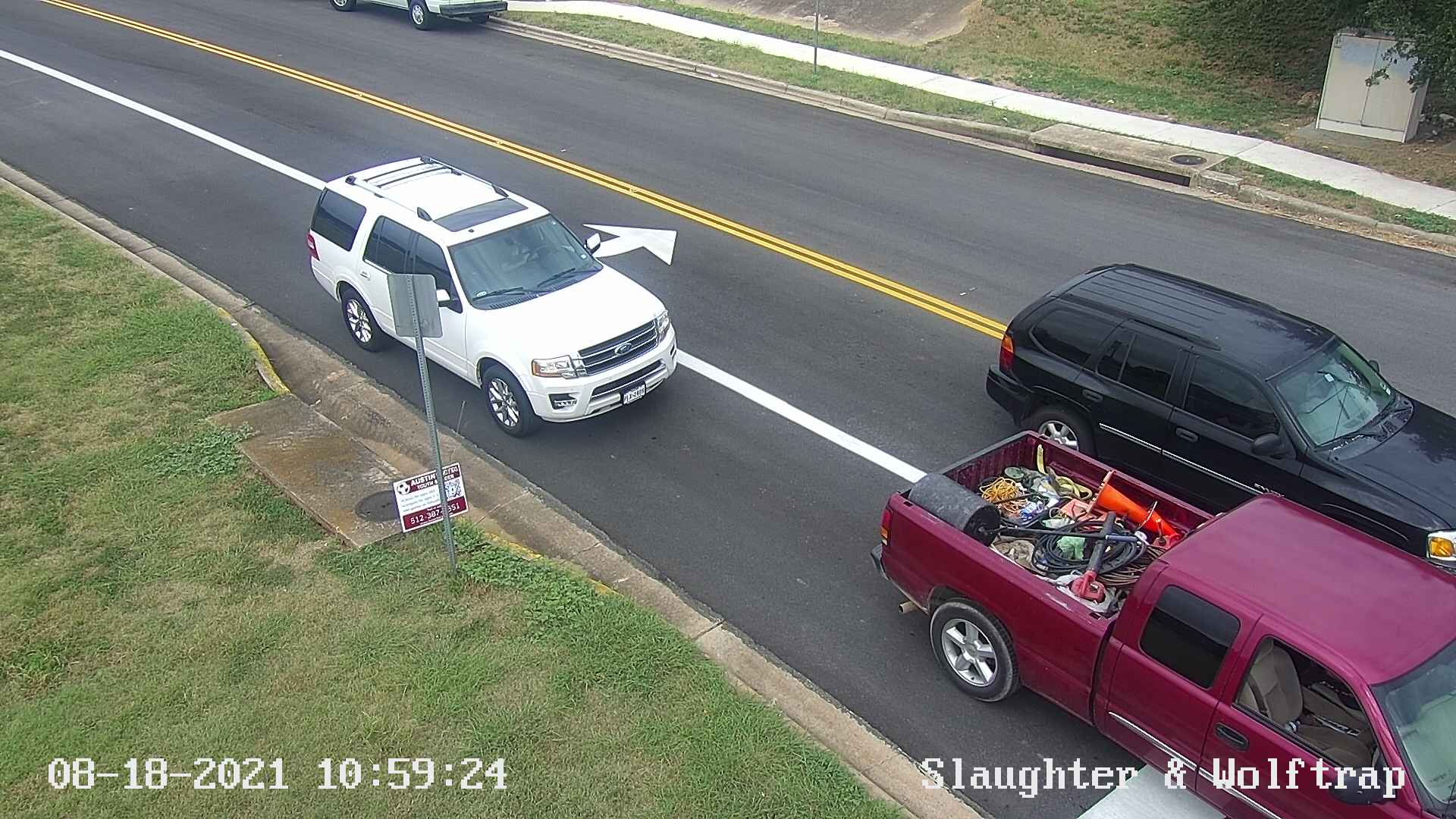 SLAUGHTER LN / WOLFTRAP DR