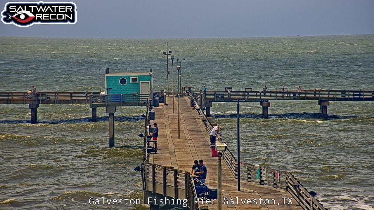 Galveston: st Fishing Pier Cam by Saltwater-Recon.com